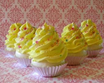 "Fake Cupcakes Set 5 Mini Magical Cupcakes ""Fairy Godmother Collection"" Lemon Chiffon 12 Legs Original"