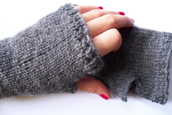 Basic Gloves Knitting Pattern : Basic Fingerless Gloves Knitting Pattern by gabriellaknits