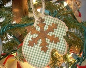 Christmas Ornament Primitive Mitten Rusted Snowflake Set