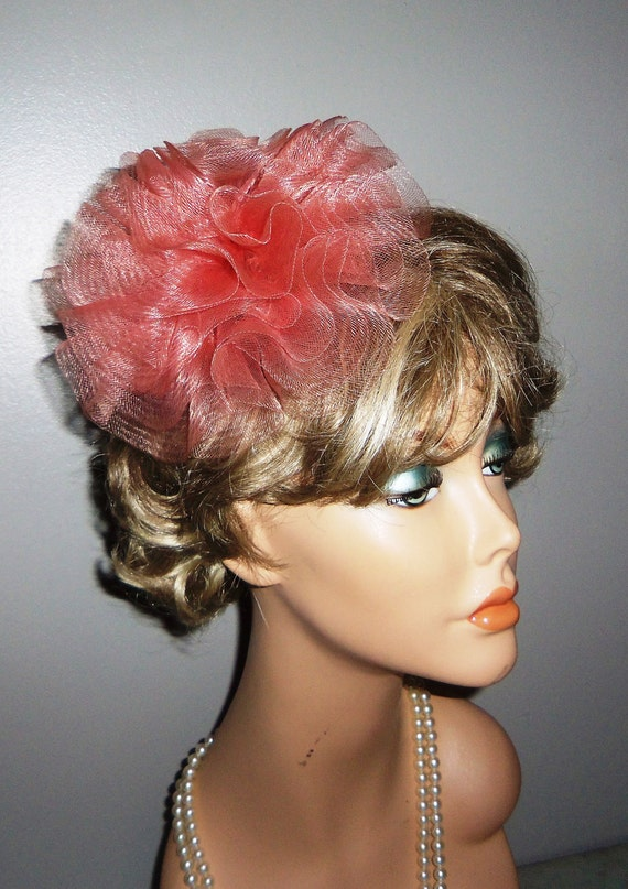 Vintage 40s Tilted Toque Vinyl Plastic Pink Design Fascinator