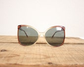 Vintage Oversized Sunglasses // 1970s Cateye Mod Retro Sun Glasses