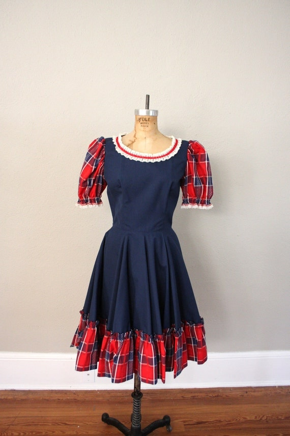 1950s Vintage Square Dancing Dress // Nautical Sailor Girl Blue and Red Plaid Dress