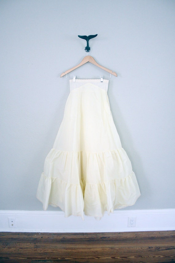 Vintage wedding dress petticoat tulle square dance skirt for Tulle petticoat for wedding dress