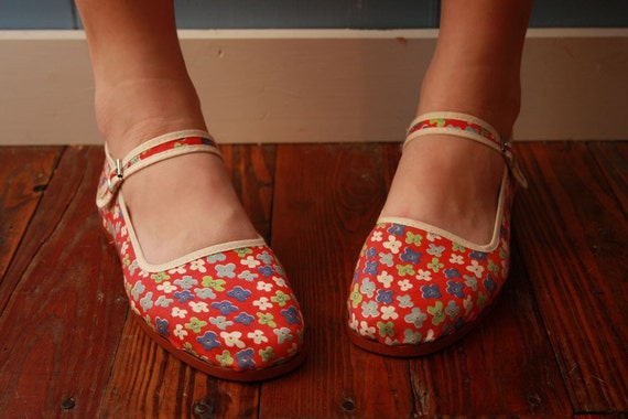 Vintage Chinese Slipper Spring Shoes