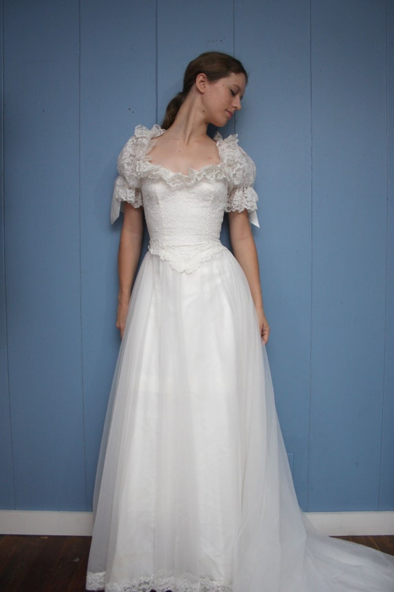Vintage Southern Belle Wedding Dress
