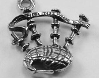 4 x Bagpipes charm or pendant 1 bail Australian Pewter MI026