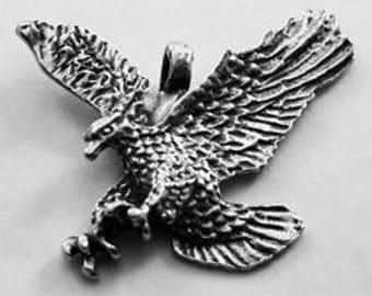 Beautifully Detailed Landing Eagle - 1 bail pendant made from Australian Pewter B82
