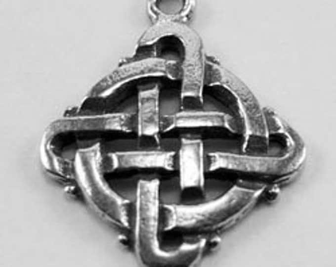 2 x Tiny Celtic Knot Square - 1 bail Australian Pewter R123