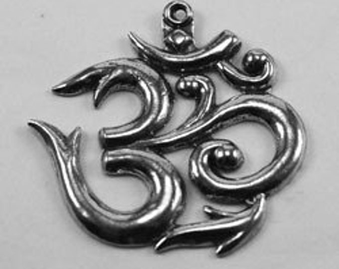 Large Ohm Australian made pewter 1 bail R203