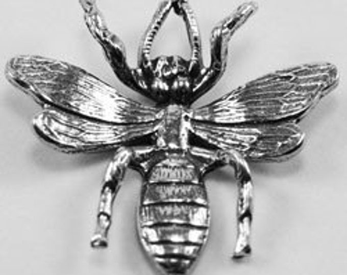 Bee / wasp charm and pendants 1 bail (feelers) Australian pewter