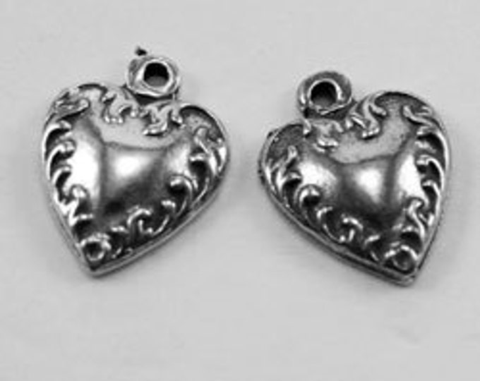 5 Pairs of small heats charms or pendants make good earring drops made with Australian Pewter H14