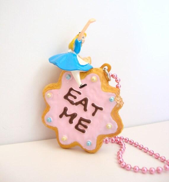 Alice in Wonderland Eat Me Cookie Necklace