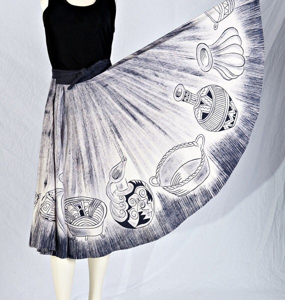 Vintage 50s Mexican Skirt Hand Painted Circle S/M