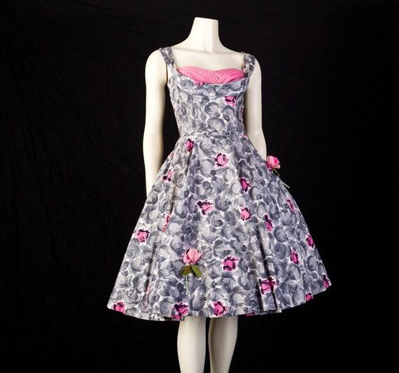 50s Dress Full Skirt Roses on Polished Cotton Shelf Bust sz S  B34