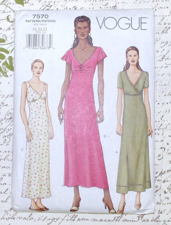 Vogue Pattern 7570 Misses Petite Dress Size 18-22 UNCUT