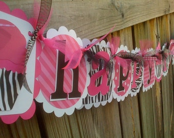 HAPPY BIRTHDAY banner in Hot Pink & Zebra print with Cupcakes