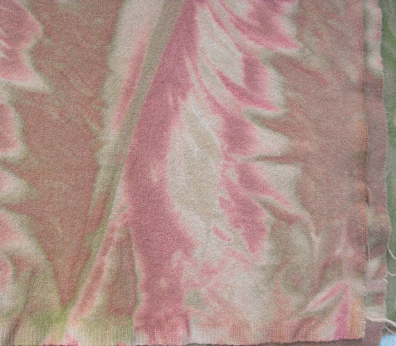 Muted Peachy Rose Marbleized Wool