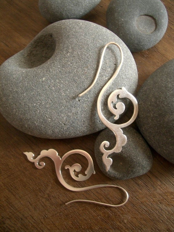 happiness of being earrings - Historical scrollwork earrings