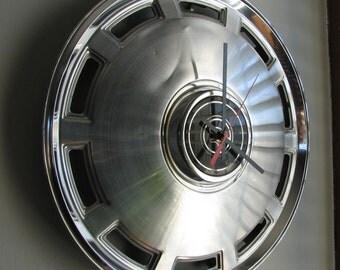 1980-82 Mercury Cougar Hubcap Clock