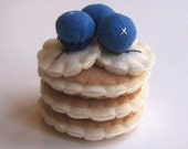 Felt Play Food 'Dollar Pancakes Breakfast with Blueberries and Bananas'