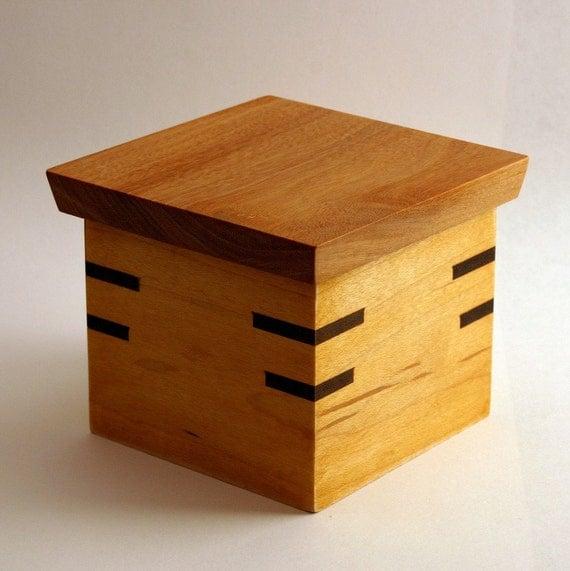 Handmade Jewelry\/Gift Box