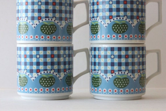 Vintage Stacking Mugs Blue Gingham Apples Japanese