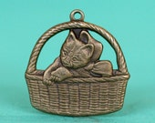 4pc Kitten Basket Charm, Hand Finished Antique Brass Patina (KBA1)
