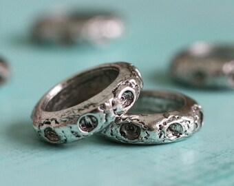 6pc Pewter Ring Beads (XPR2)