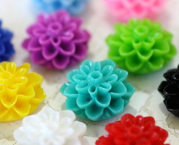 10pc 16mm Dahlia Cabochon, Color Mix (TM16)