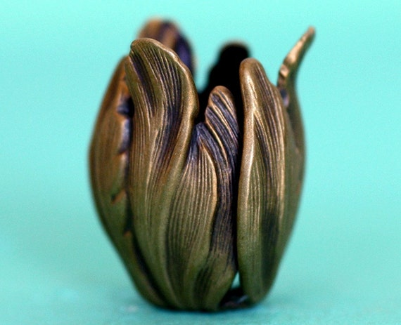 2pc Tulip Drop, Hand Finished Antique Brass Patina (BT1A)