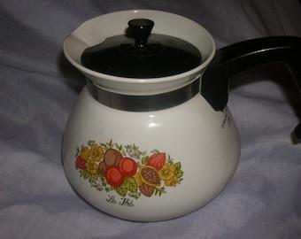 corningware tea or water pot
