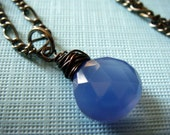 N e c k l a c e - Blue Sky - Wire wrapped chalcedony faceted briolette