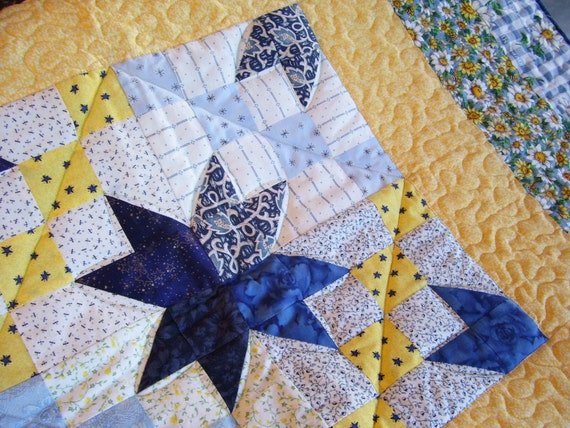 Blue And Yellow Daisies Medallion Handmade Quilt Baby Quilt