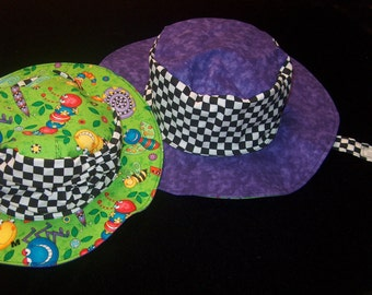 Bugs Scrunchy Hat sizes 4 months to adult size