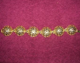 Vintage Ben Anum Gold Tone Domed Hinge Bracelet