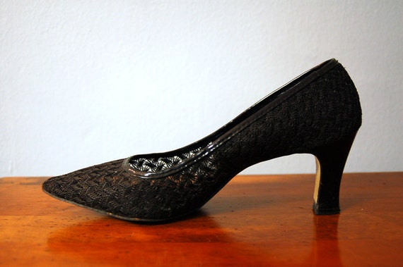 50s Italian Black Lace Mesh Heels