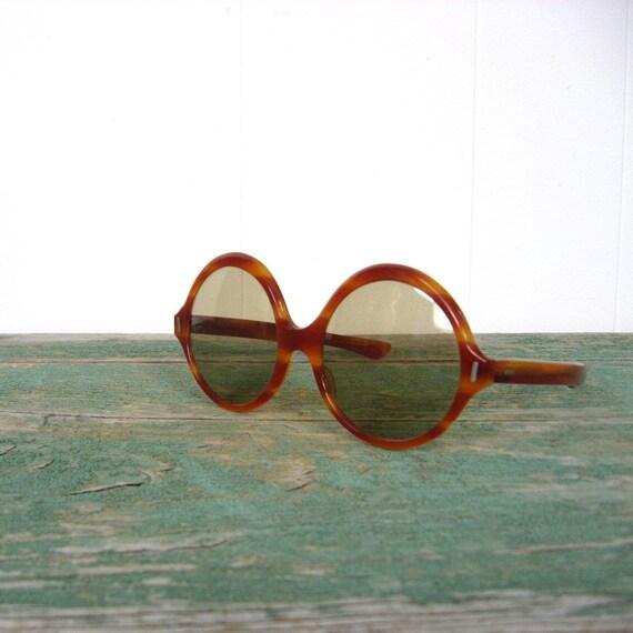 Vintage 60s Sunglasses / Oversize / Round Tortoise Sunglasses / France