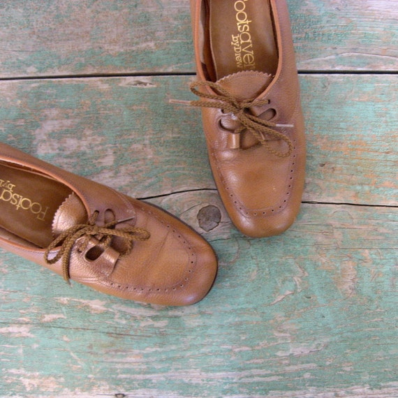 Brown Leather Oxfords / 1970s Shoes / Leather Brogues / 6 1/2