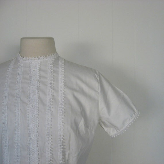 50s White Blouse / Lace Ribbons and Bows / L