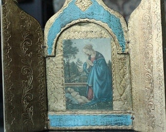Norleans, Made in Italy, Tryptic Wooden Panel of Blessed Mother and Adorn Infant Jesus