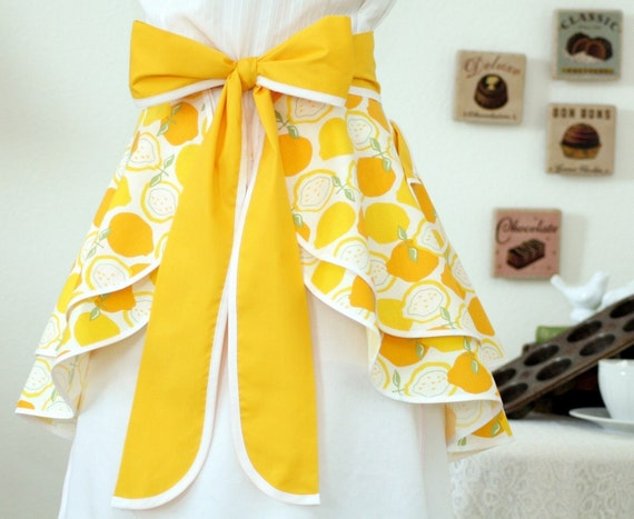 Retro DOUBLE PERFECT CIRCLE Hostess Apron in Juicy Lemon Print by Alexander Henry--READY TO SHIP
