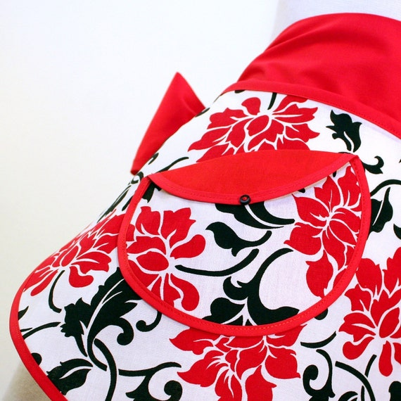 The SKIMPY Hostess Apron in Modern Floral Print in Black and White with Red Roses
