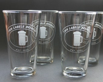 Personalized Beer Glass Set of 8 Pint Glasses Custom Etched Engraved Weddings Logos