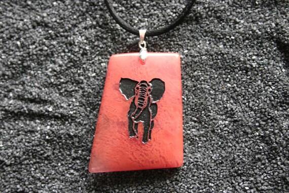 Elephant Engraved Cherry Quartz Gemstone Pendant