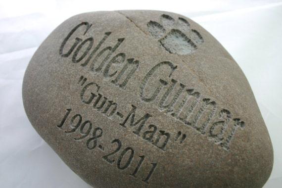 Custom Engraved Pet Memorial Stone Dog Cat Pet Loss