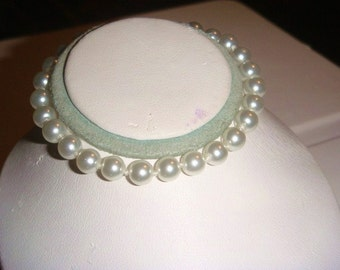 Silver and Pearl Bracelet 7 inch