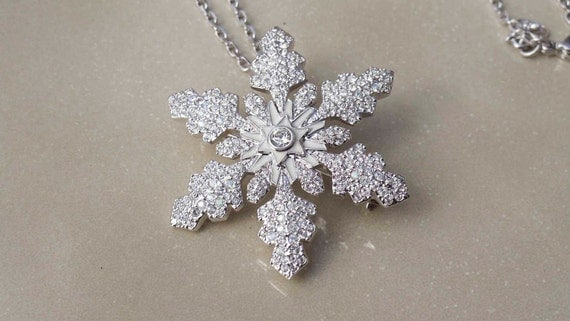 Swarovski Snowflake vintage necklace retired brooch