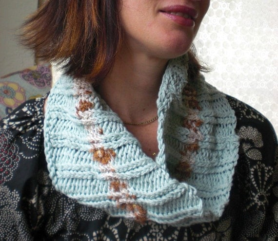 Knitting Pattern Twisted Scarf : infinity Scarf Knitting Pattern mobius scarf knitting