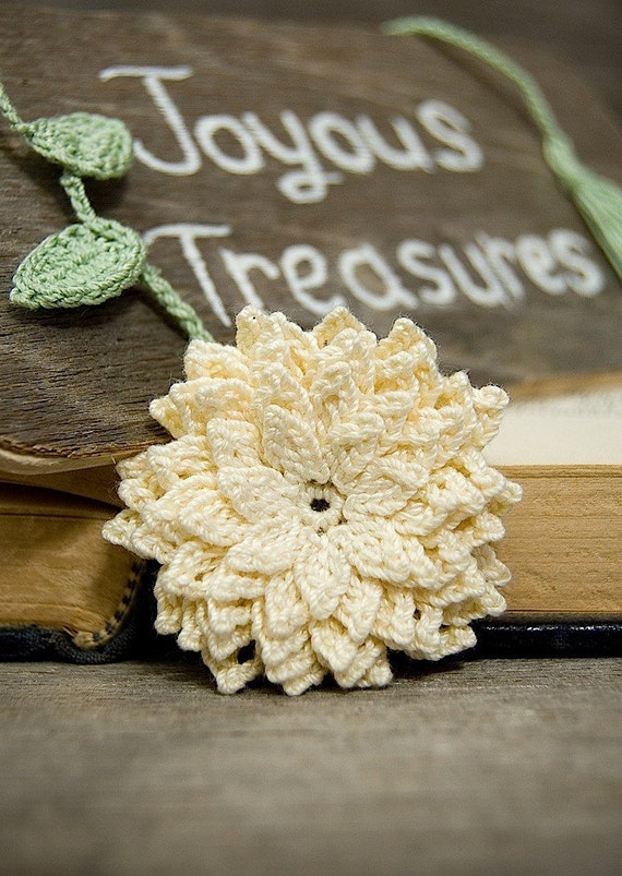 Crochet Flower Pattern Dahlia : Handmade Crochet Bookmark Cream Dahlia Flower