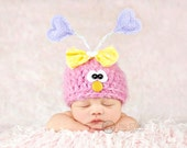 Love Bug Hat - Baby Bug Hat - Valentine Hat -  Newborn Photo Prop - Baby Girl Bug Hat - Valentines Day Photo Prop - Pink - Size NEWBORN